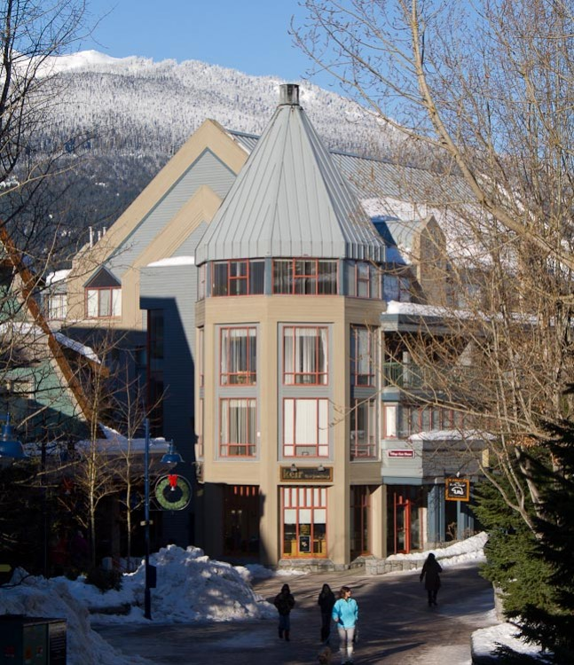 Resort CANADA   Whistler, BC, Whiski Jack Village Gate